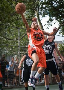 "Shorty Reed, Amanda Bartlett West 4th Street Women's Pro Classic NYC: Deuce Trey (Orange) 90 v Cobra Hustlers (Black) 80, ""The Cage"", New York, NY, August 5, 2012"