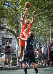 "Racquel Davis, Chris Marrone West 4th Street Women's Pro Classic NYC: Deuce Trey (Orange) 90 v Cobra Hustlers (Black) 80, ""The Cage"", New York, NY, August 5, 2012"