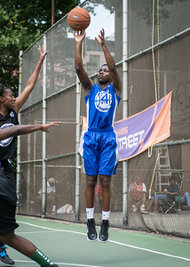 """Alicia Cropper West 4th Street Women's Pro Classic NYC: Lady Soldiers (Blue) 70 v Down the Hatch (Black) 67, """"The Cage"""", New York, NY, August 11, 2012"""