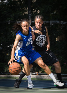 """Sade Jackson, Jasmine Jones West 4th Street Women's Pro Classic NYC: Lady Soldiers (Blue) 70 v Down the Hatch (Black) 67, """"The Cage"""", New York, NY, August 11, 2012"""