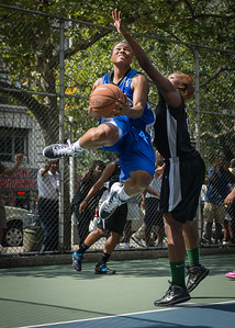 """DeeDee Pearson, Nijah LaCourt West 4th Street Women's Pro Classic NYC: Lady Soldiers (Blue) 70 v Down the Hatch (Black) 67, """"The Cage"""", New York, NY, August 11, 2012"""