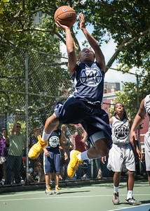 """Krystal Parnell West 4th Street Women's Pro Classic NYC: No Limit (Navy) 62 v Imperial Crew (Grey) 51, """"The Cage"""", New York, NY, August 12, 2012"""