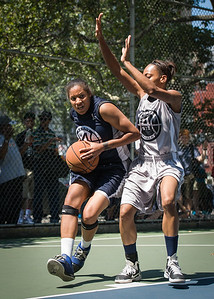 """Charmonique Watt West 4th Street Women's Pro Classic NYC: No Limit (Navy) 62 v Imperial Crew (Grey) 51, """"The Cage"""", New York, NY, August 12, 2012"""