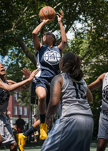 """Kim Blakney West 4th Street Women's Pro Classic NYC: No Limit (Navy) 62 v Imperial Crew (Grey) 51, """"The Cage"""", New York, NY, August 12, 2012"""