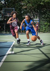 """Renee Taylor, Tania Greenleaf West 4th Street Women's Pro Classic NYC: Primetime (Blue) 81 v Brooklyn Express (Burgundy) 64, """"The Cage"""", New York, NY, August 12, 2012"""