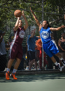 """Jessica Fairweather, Renee Taylor West 4th Street Women's Pro Classic NYC: Primetime (Blue) 81 v Brooklyn Express (Burgundy) 64, """"The Cage"""", New York, NY, August 12, 2012"""