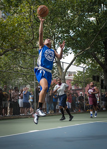 """Shemika Stevens West 4th Street Women's Pro Classic NYC: Primetime (Blue) 81 v Brooklyn Express (Burgundy) 64, """"The Cage"""", New York, NY, August 12, 2012"""