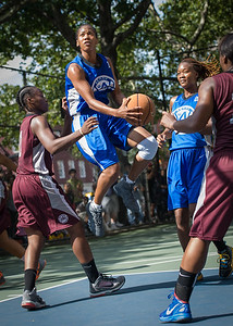 """Maurita Reid West 4th Street Women's Pro Classic NYC: Primetime (Blue) 81 v Brooklyn Express (Burgundy) 64, """"The Cage"""", New York, NY, August 12, 2012"""