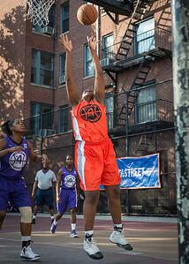 Yolanda Rayside West 4th Street Women's Pro Classic NYC: Run N Shoot (Purple) 86 v Deuce Trey (Orange) 68, William F. Passannante Ballfield, New York, NY, August 12, 2012.