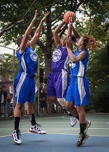 "Dawn Coleman, Dana Wynne, Leeah Thomas West 4th Street Women's Pro Classic NYC: SEMIS-Primetime (Blue) 79 v Run N Shoot (Purple) 69, ""The Cage"", New York, NY, August 18, 2012"