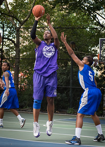 """Micki Younger, Bianca Brown West 4th Street Women's Pro Classic NYC: SEMIS-Primetime (Blue) 79 v Run N Shoot (Purple) 69, """"The Cage"""", New York, NY, August 18, 2012"""