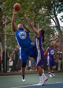 "Jazmine Wright, Jewel Adams West 4th Street Women's Pro Classic NYC: SEMIS-Primetime (Blue) 79 v Run N Shoot (Purple) 69, ""The Cage"", New York, NY, August 18, 2012"