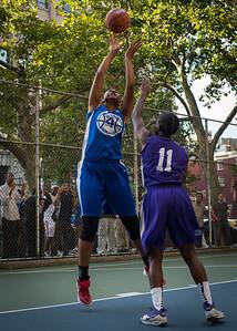"Miriam Seale, Ashley Clarke West 4th Street Women's Pro Classic NYC: SEMIS-Primetime (Blue) 79 v Run N Shoot (Purple) 69, ""The Cage"", New York, NY, August 18, 2012"