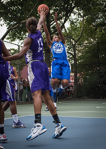 """Bianca Brown, Toni-Ann Lawrence West 4th Street Women's Pro Classic NYC: SEMIS-Primetime (Blue) 79 v Run N Shoot (Purple) 69, """"The Cage"""", New York, NY, August 18, 2012"""