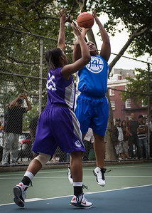 """Jazmine Wright, Dawn Coleman West 4th Street Women's Pro Classic NYC: SEMIS-Primetime (Blue) 79 v Run N Shoot (Purple) 69, """"The Cage"""", New York, NY, August 18, 2012"""