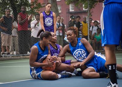 "Jewel Adams, Bianca Brown, Leeah Thomas West 4th Street Women's Pro Classic NYC: SEMIS-Primetime (Blue) 79 v Run N Shoot (Purple) 69, ""The Cage"", New York, NY, August 18, 2012"
