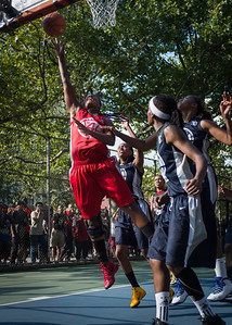 """Kellindra Zackery West 4th Street Women's Pro Classic NYC: Semifinal 2: Big East Ballers (Red) 84 v No Limit (Navy) 80, """"The Cage"""", New York, NY, August 18, 2012"""