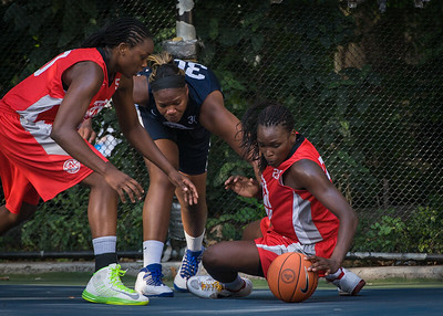 """Michelle Campbell, Jennifer Blanding, Korinne Campbell West 4th Street Women's Pro Classic NYC: Semifinal 2: Big East Ballers (Red) 84 v No Limit (Navy) 80, """"The Cage"""", New York, NY, August 18, 2012"""