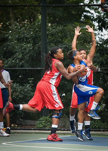 """Bianca Brown, Kellindra Zackery West 4th Street Women's Pro Classic NYC: Championship Game: Big East Ballers (Red) 80 v Primetime (Blue) 76 , """"The Cage"""", New York, NY, August 19, 2012"""