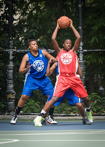 """Korinne Campbell, Dana Wynne West 4th Street Women's Pro Classic NYC: Championship Game: Big East Ballers (Red) 80 v Primetime (Blue) 76 , """"The Cage"""", New York, NY, August 19, 2012"""