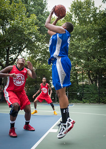 """Dana Wynne, Kellindra Zackery West 4th Street Women's Pro Classic NYC: Championship Game: Big East Ballers (Red) 80 v Primetime (Blue) 76 , """"The Cage"""", New York, NY, August 19, 2012"""