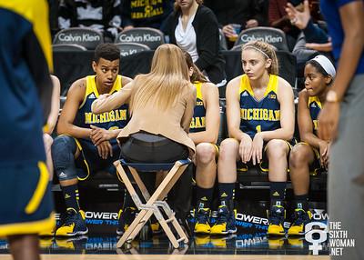 Pregame: Michigan head coach Kim Barnes Arico, Cyesha Goree, Madison Ristovski, Siera Thompson