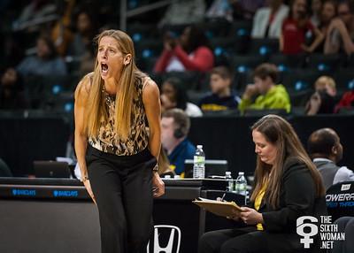 Michigan head coach Kim Barnes Arico