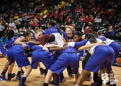 LSU Tiger pre-game huddle