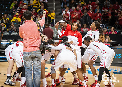 Rutgers Scarlet Knights pre-game huddle