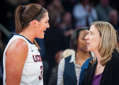 Stefanie Dolson and California head coach Lindsay Gottlieb
