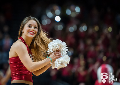 Rutgers cheerleader
