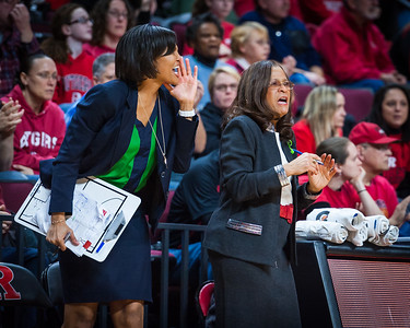 Rutgers head coach C. Vivian Stringer and assistant coach Chelsea Newton