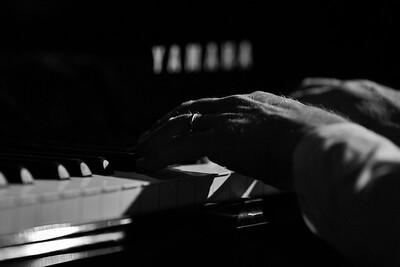 20/05/16 MUSICMUSICMUSIC MW3738
