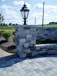 Hanover Column and sitting wall