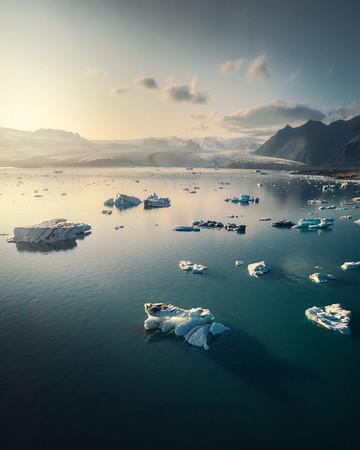 """Glacier Lagoon"""