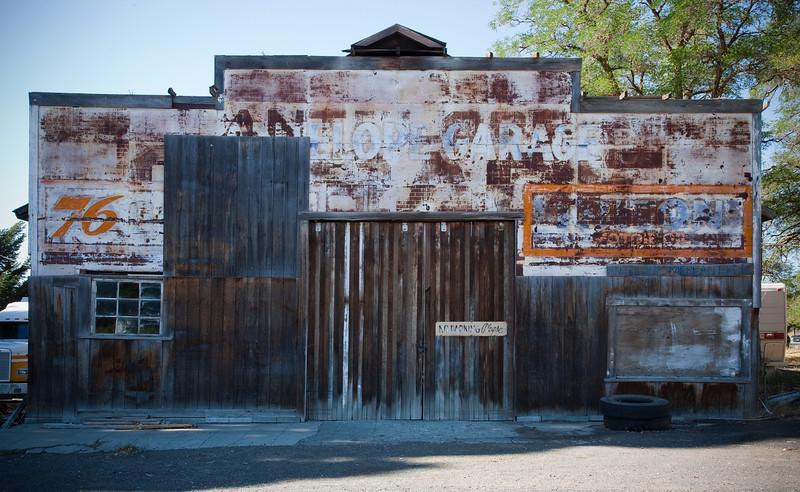 Garage, Antelope