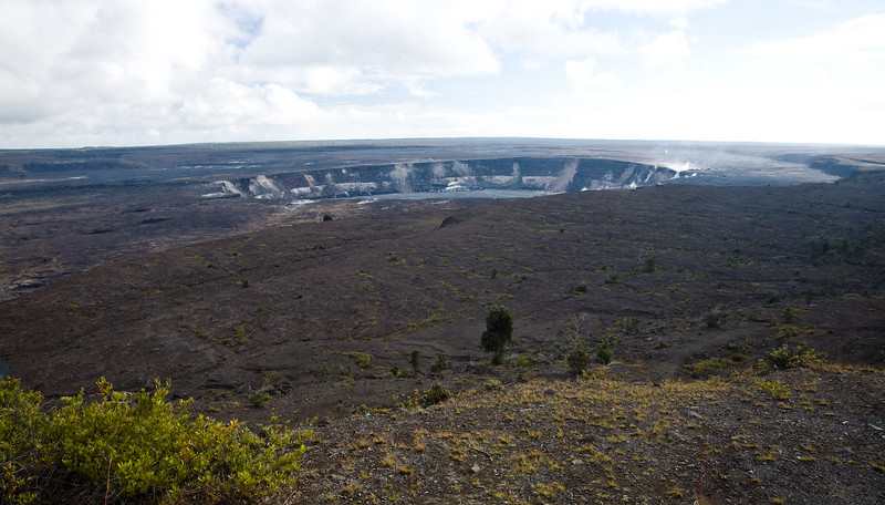 Halema'uma'u Crater in Kilauea Caldera