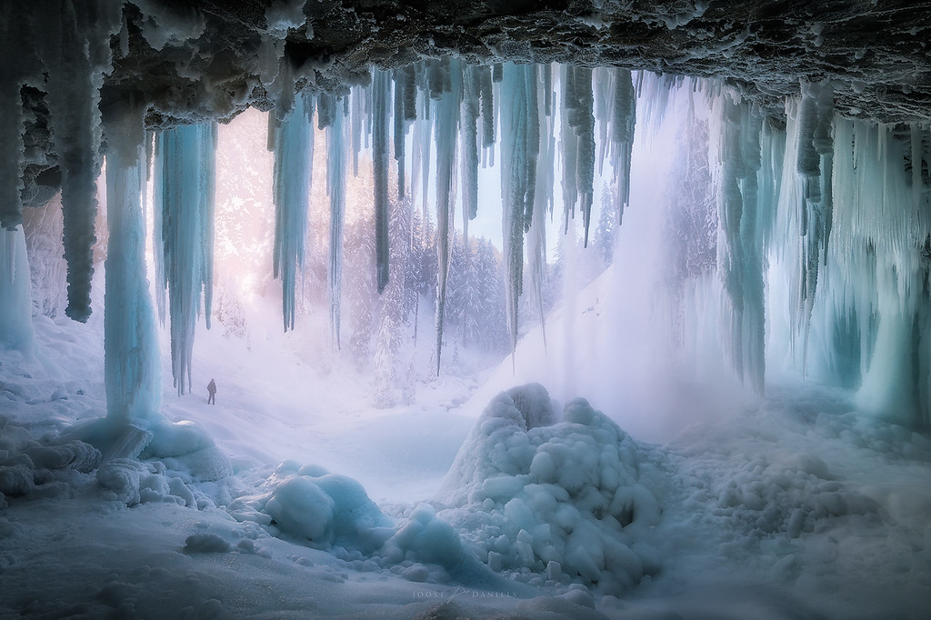 Tamanawas Ice Cave
