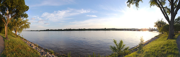 Panorama of the Potomac River, just behind the Lincoln Memorial. View the full version here: http://photos.kevinworkman.com/Pictures/2011/i-spgngHD/0/O/PotomacRiverPanorama.jpg