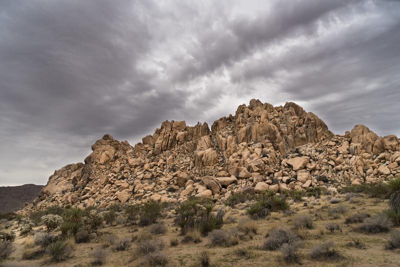Monzogranite hill