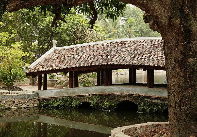 Bridge,-Thay-Pagoda