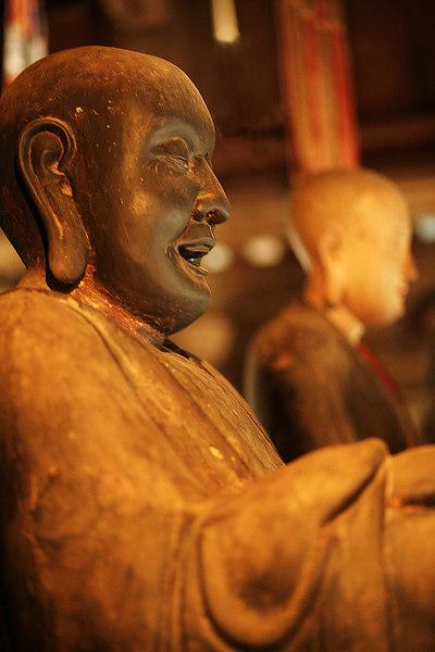 Statue,-Tay-Phuong-Pagoda