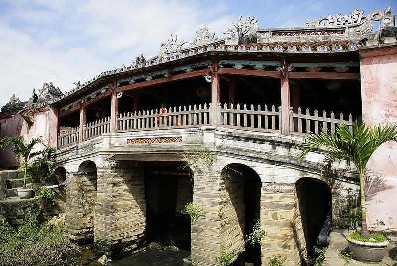 Japanese-Bridge,-Hoi-An