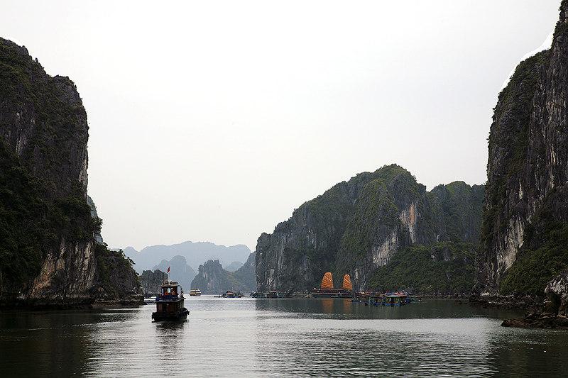 Ha-Long-Bay-1