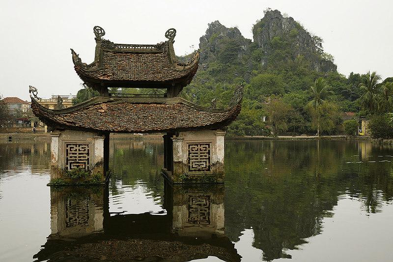 Shrine,-Thay-Pagoda