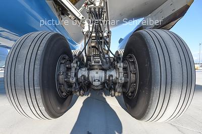2014-12-26 OE-LPA Boeing 777-200 Austrian AIrlines