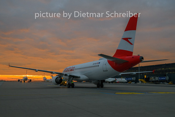 2018-11-16 OE-LBL AIrbus A320 Austrian Airlines