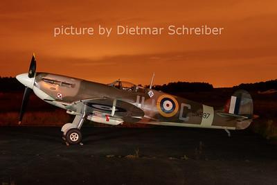 2012-08-15 HG-MKVB Spitfire