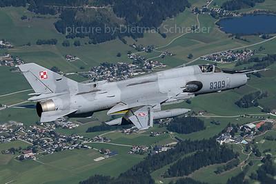 2019-09-04 8309 Sukhoi SU22 Poilish Air Force