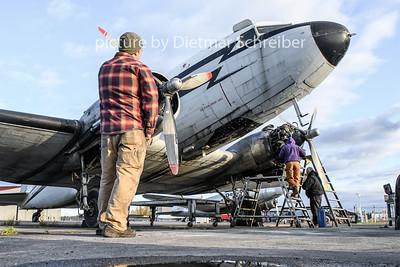 2018-09-25 N44587 Douglas DC3 Desert Air